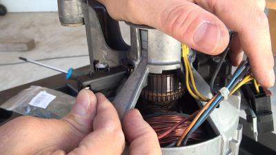 Waschmaschine schleudert nicht - Motorkohlen wechseln (Gorenje)