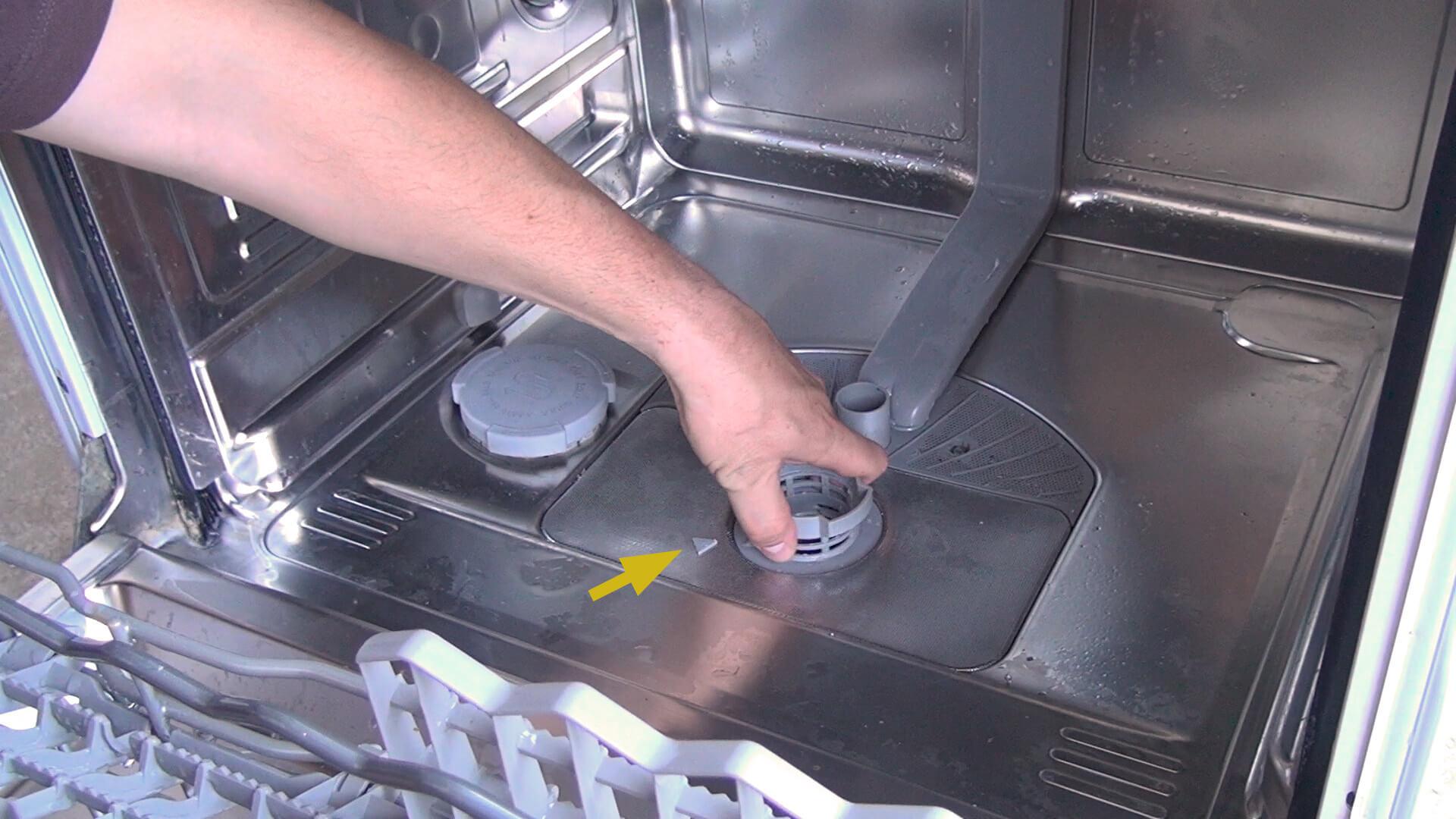 Spülmaschinen Sieb einbauen