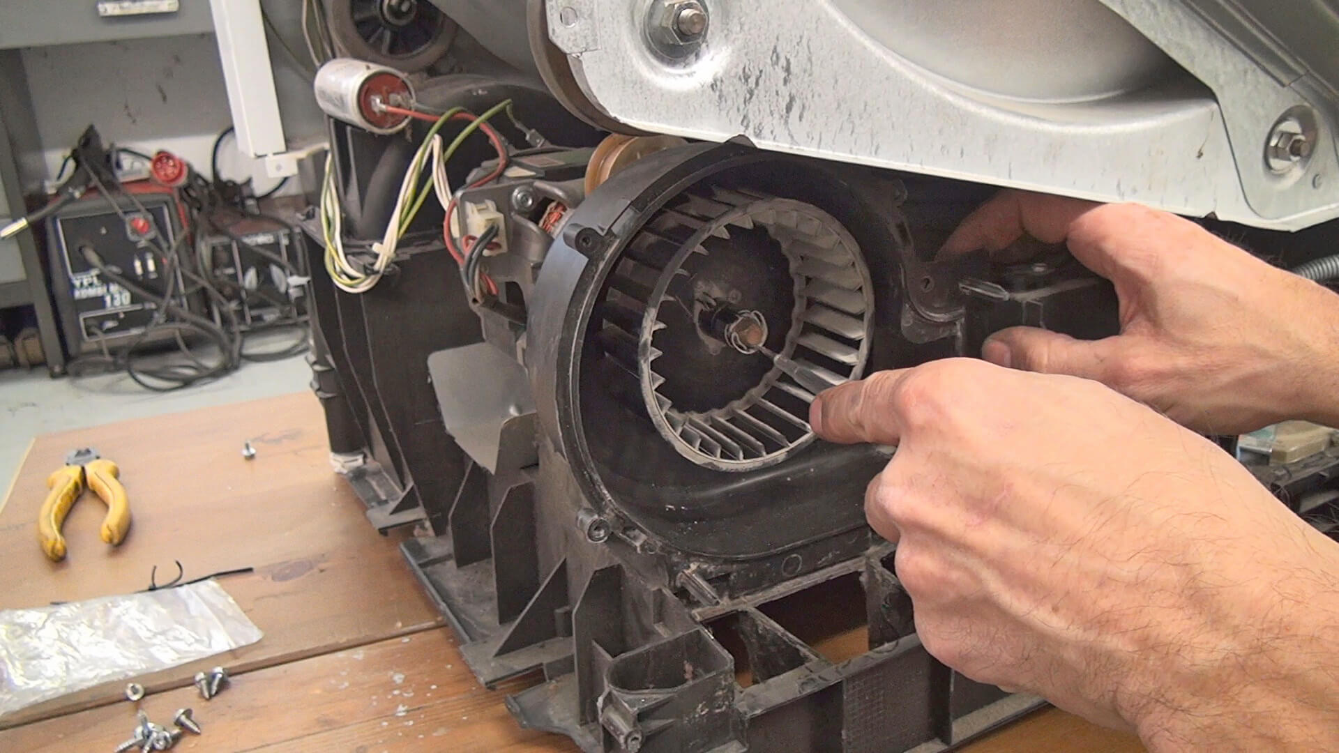 Siemens Kühlschrank Quietscht : Siemens kühlschrank quietscht bauknecht kühlschrank einbauen mit